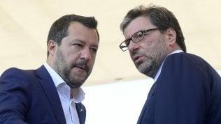 Coronavirus: Lega qualche attrito interno, il default lombardo angoscia Salvini…