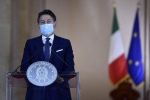 Italia: un paese poco serio, siamo nel pieno di un incendio e governo e opposizione non la smettano col gioco del cerino…