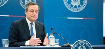 Governo: Draghi nelle ultime settimane ha tracciato una nuova road map nella lotta al Covid. Ma fatica a mettere in riga le Regioni sui vaccini e a rassicurare l'Italia sulla tenuta e la ripresa dell'economia…
