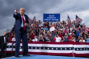 America: che sta succedendo veramente? Trump è in flagranza di reato… va fermato subito per palese, ripetuto e rivendicato attentato alla democrazia…