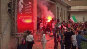 Politica: ma come, in Italia i fascisti non esistono, la pandemia nemmeno, la Terra è piatta e la democrazia è una dittatura che per difendersi nega la libertà…