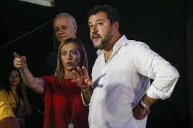 Destra: Perché la schietta Meloni ha un futuro e Salvini no. Alla fine ci penserà Salvini a disarcionare Salvini…